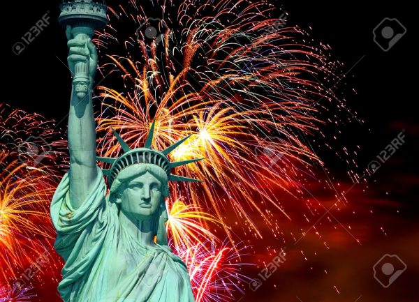 6846119-The-Statue-of-Liberty-and-4th-of-July-fireworks-Stock-Photo